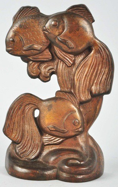 1009: Cast Iron Hubley Fantail Fish Doorstop.