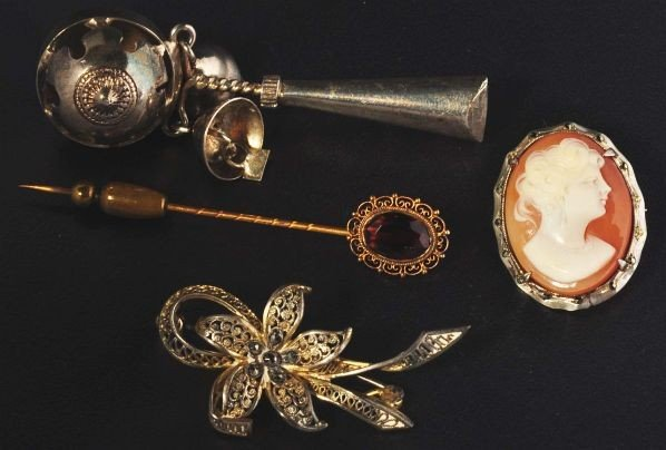 1: Lot of 4: Antique Jewelry Pieces.