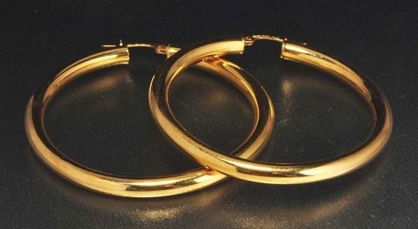 6: Pair of 14K Y. Gold Hoop Earrings.