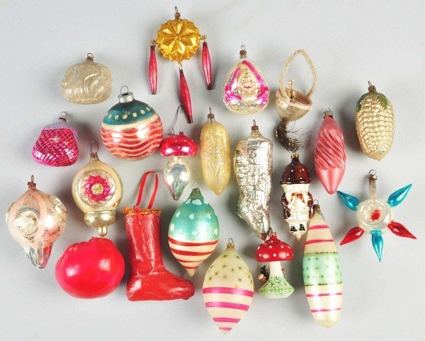 24: Lot of 24: Glass Figural Christmas Ornaments.