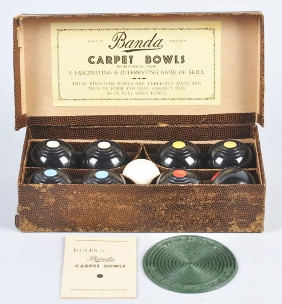346: Vintage Banda Carpet Bowls Set in Original Box.