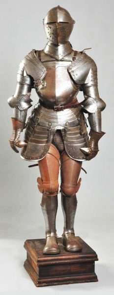 916: Composite Suit Of Full Standing Armor.