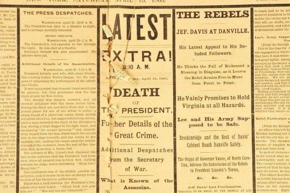 1059: Abraham Lincoln Assassination Newspaper. - 3