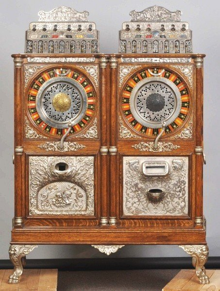 140: Caille Double Upright Slot Machine.