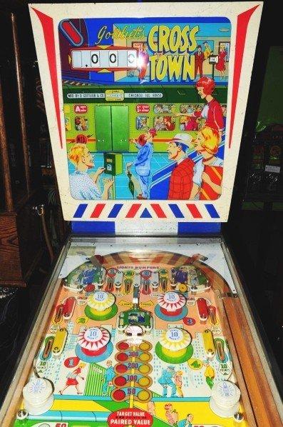 331: Gottlieb Cross Town Pinball Machine. - 4
