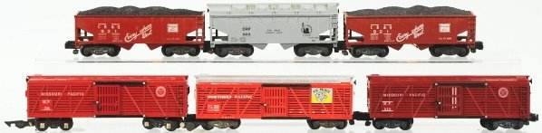 3: Lot of 6: American Flyer S-Gauge Freight Cars.