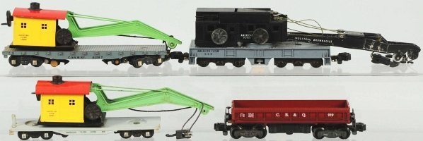 5: Lot of 4: American Flyer S-Gauge Freight Cars.