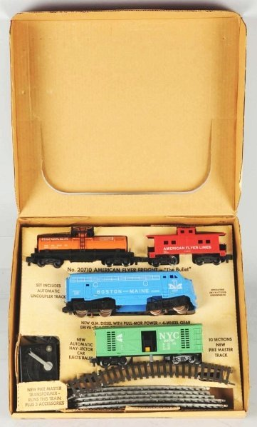 11: American Flyer S-Gauge Freight Train Set.