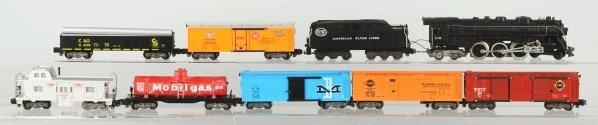 16: American Flyer S-Gauge Freight Train Set.