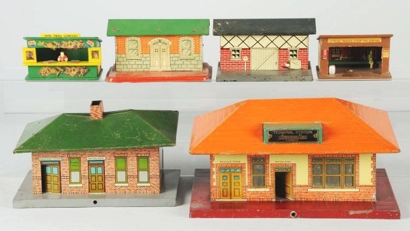 32: Lot of 6: American Flyer Building Accessories.