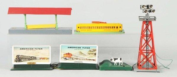 35: Lot of 7: American Flyer S-Gauge Train Items.
