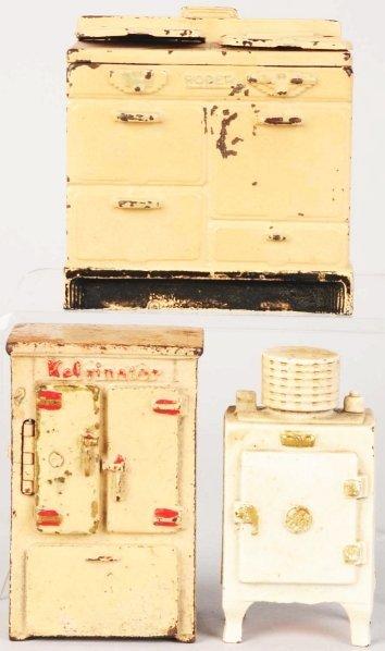 722: Lot of 3: Cast Iron Appliance Still Banks.