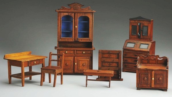 1350: Handmade Set of Doll Furniture.