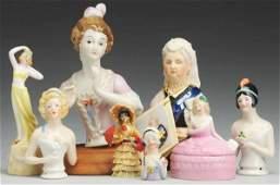 1633: Lot of German Half Dolls and Novelties.