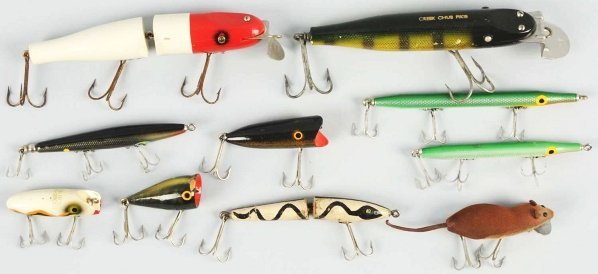 137: Lot of 10: Fishing Lures.