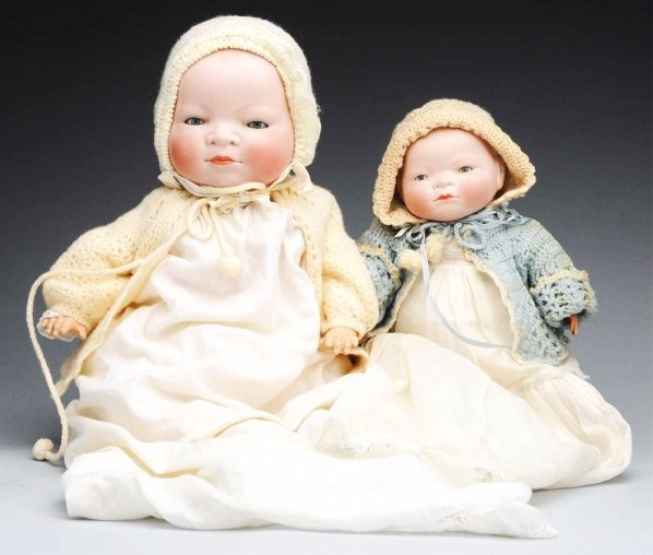 18: Lot of 2: Bye-Lo Baby Dolls.