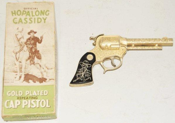 252: Hopalong Cassidy Gold Wyandotte Cap Pistol.