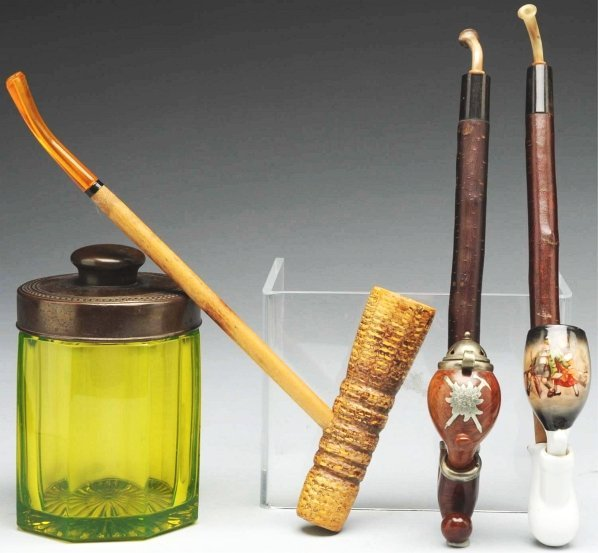 607: Lot of 3: Tobacco Pipes.