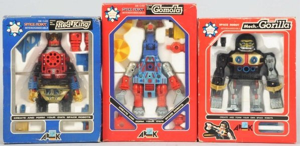 1002: Lot of 3: Diecast Toys.