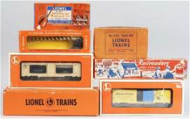 560: Lot of 8: Lionel & Lincoln Log Train Items.