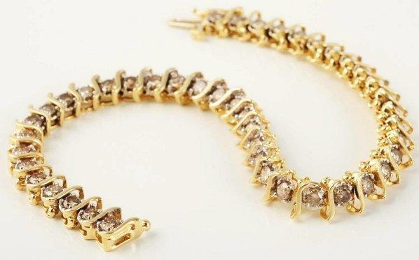 506: 14k Yellow Gold Diamond Bracelet.