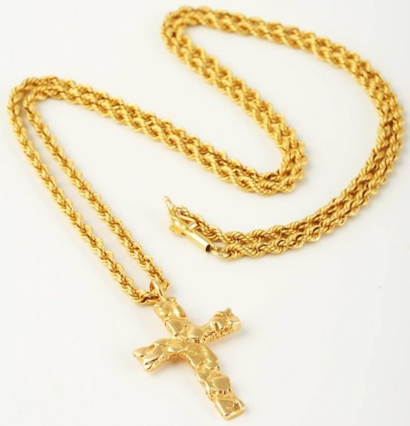 519: 14k Gold Rope Necklace with Cross.