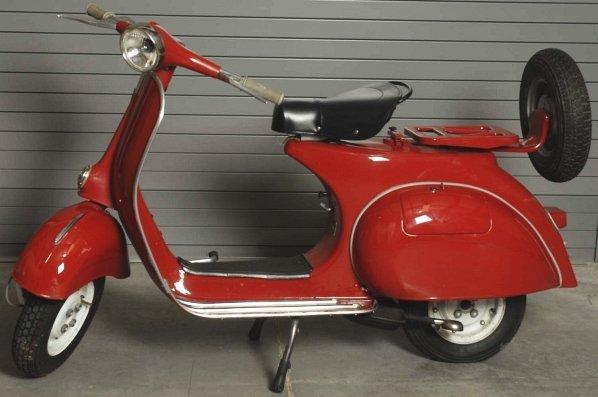 66: 1964 Vespa Sears Allstate Motor Scooter. - 2