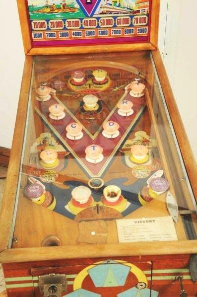 Genco Victory Pinball Machine (1941). - 3