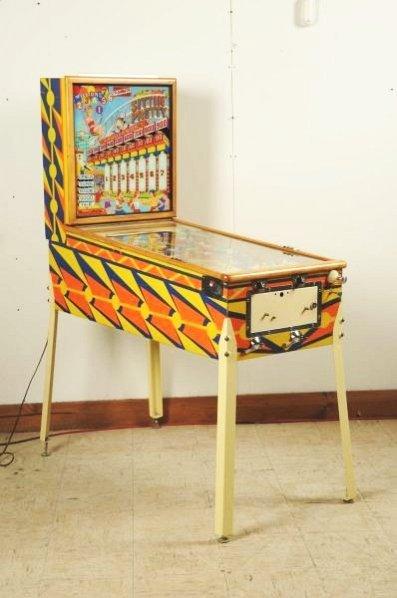 Gottlieb Sittin' Pretty Pinball Machine (1958).