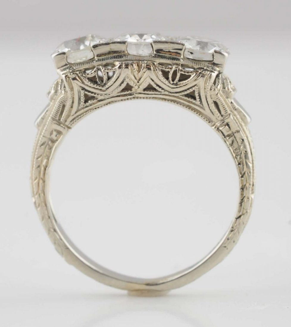 18K White Gold Diamond Ring.