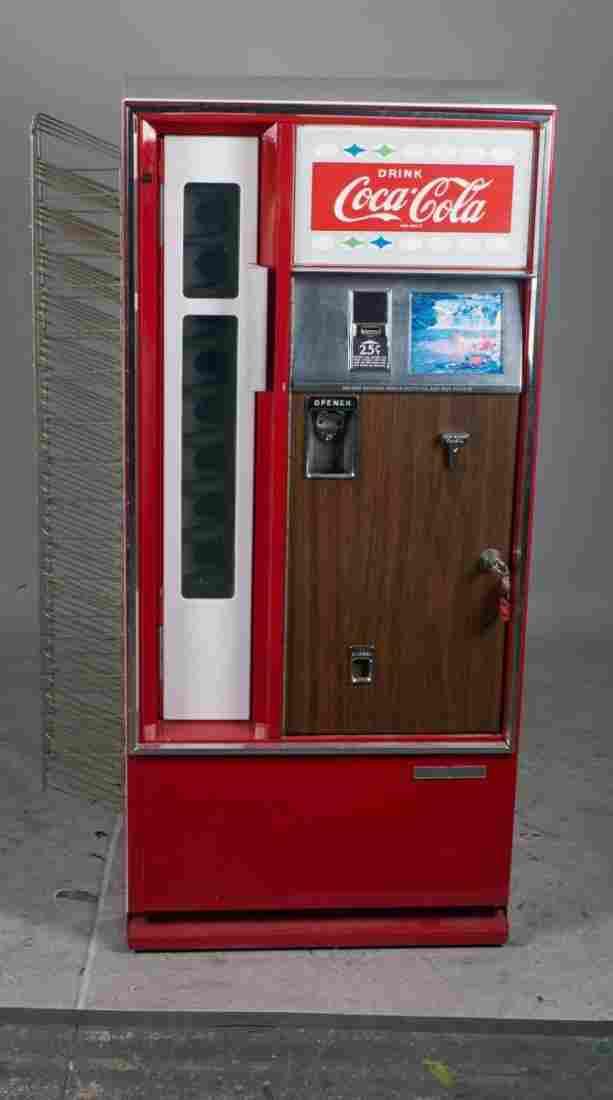 25 Cent Coca Cola Bottle Vending Machine