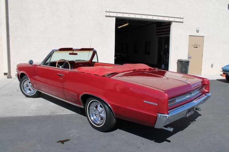 1964 Pontiac Tempest Convertible - 5
