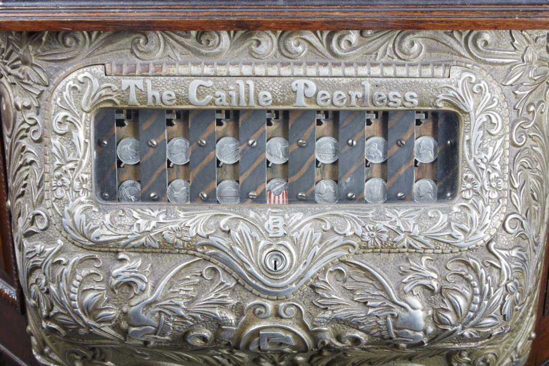 5 ¢ Caille Peerless Floor Roulette Slot Machine - 10