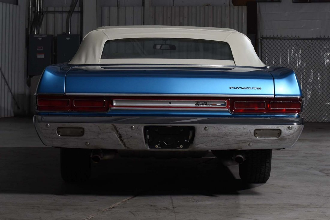1969 Plymouth Sport Fury Convertible. - 4