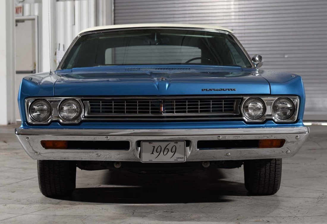 1969 Plymouth Sport Fury Convertible. - 5