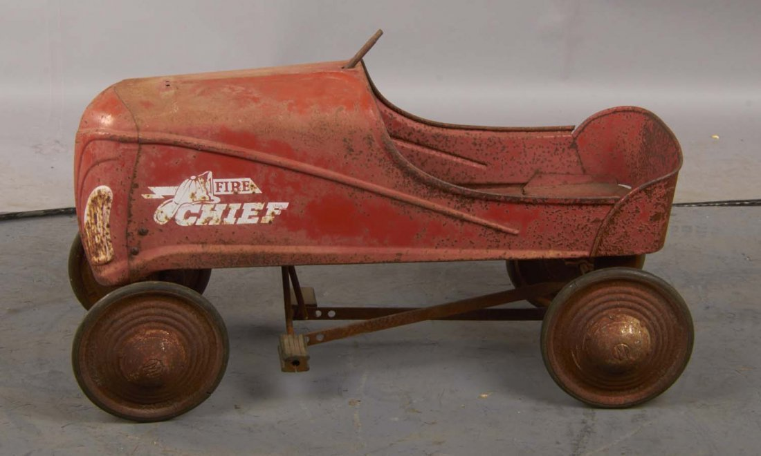 Pressed Steel Murray Fire Chief Child's Pedal Car