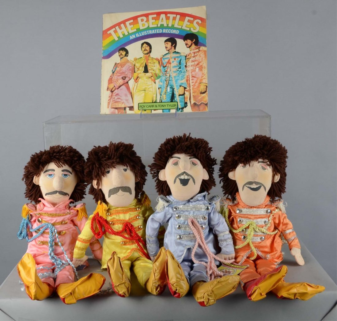 Lot Of Beatles Sgt. Pepper Applause Dolls And Book