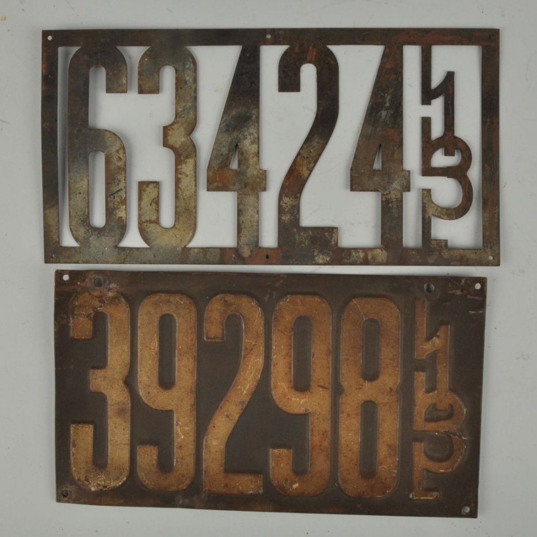 Lot Of 2:1913 Illinois License Plates.