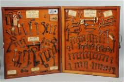 Display Box with 100 Plus Keys - Houdini - Hicko.