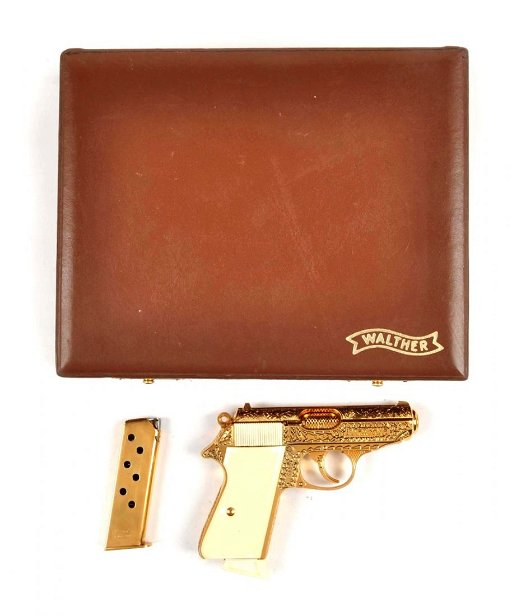 **Deluxe Engraved-Gold Plated Walther PPK-S Pistol