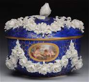Early 19th Century Niderviller Porcelain Box.