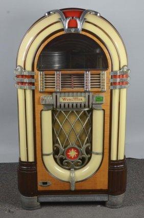 Multi Coin Wurlitzer Model 1015 Phonograph Jukebox