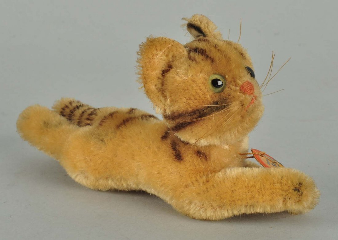 Most Unusual Uncataloged Lying Steiff Cat With IDs
