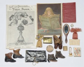 Nice Lot Of Fashion Doll Accessories.