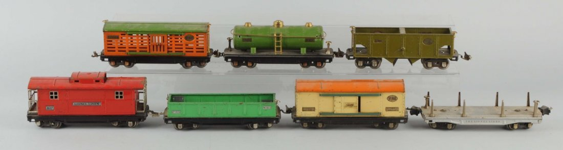 Lot Of 7: Lionel 800 Series Freight Cars.