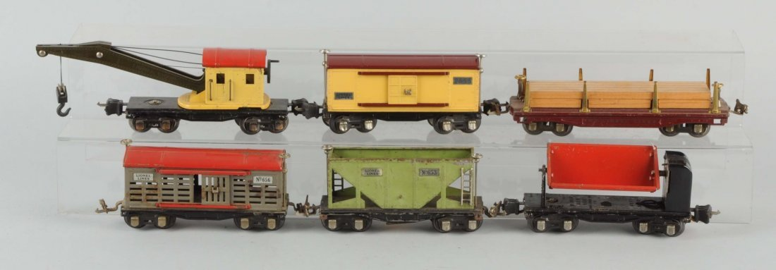 Lot Of 6: Lionel 600 & 2600 Series Freight Cars.
