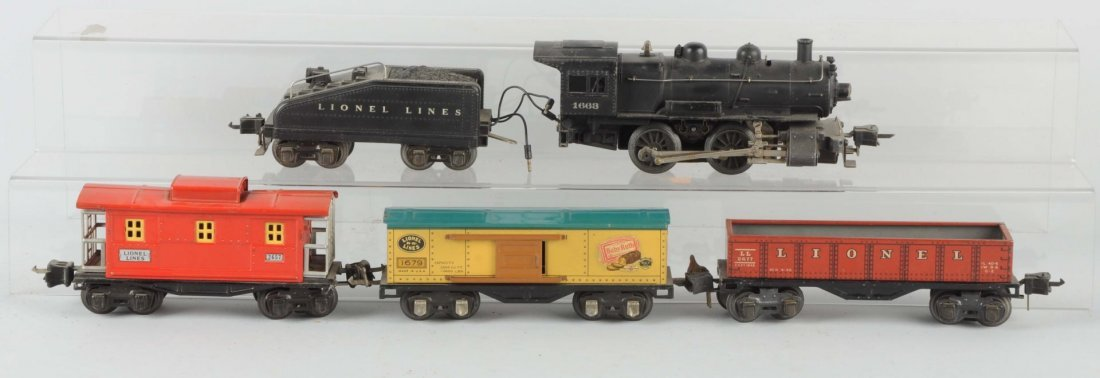 Lot of 5: Lionel No.1663 Locomotive & Freight Cars