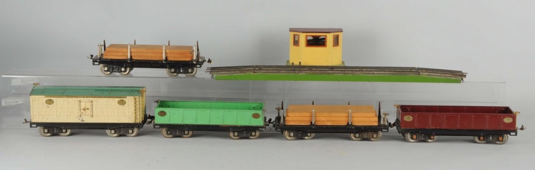 Lot Of 6: Lionel Scale & Freight Cars.