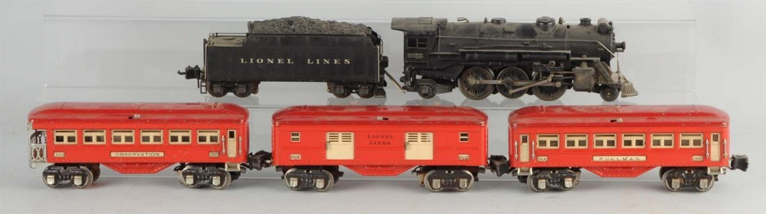 Lot of 5: Lionel No. 225 Locomotive & Cars.
