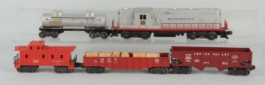 Lionel No. 2328 Burlington GP No. 7 With Cars.
